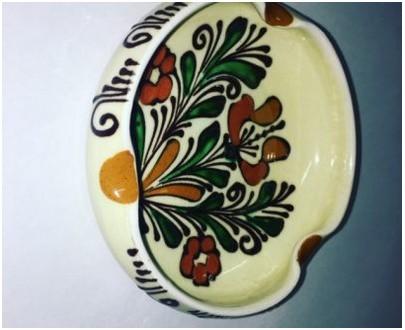 Ceramic ashtray - brown