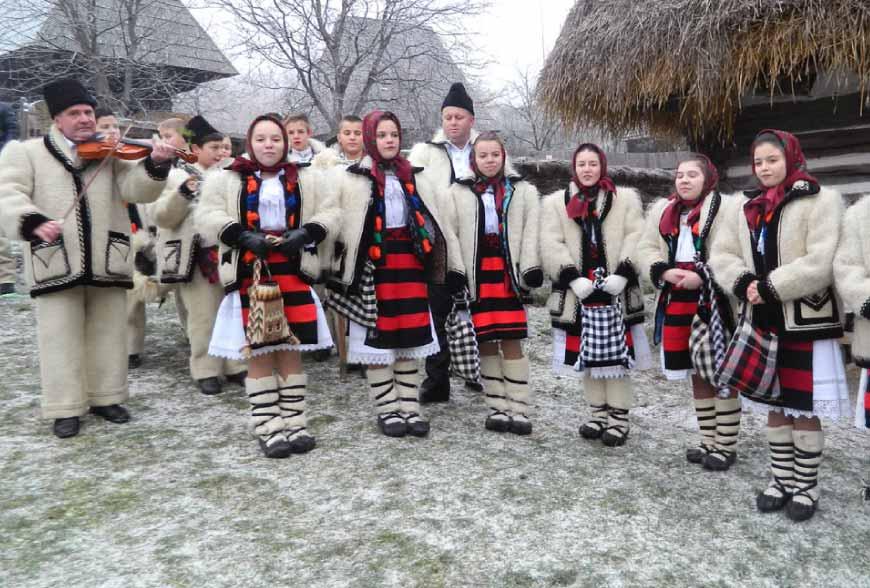 Traditions de Noël en Roumanie: les Colinde