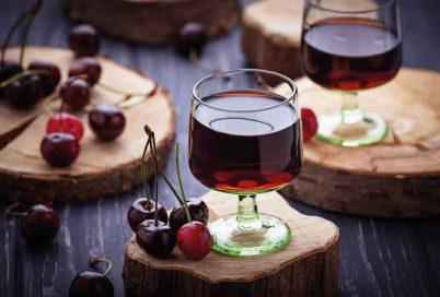 visinata de roumanie - la liqueur de griottes roumaine